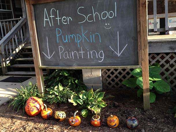 Autumn-pumpkin-painting.jpg