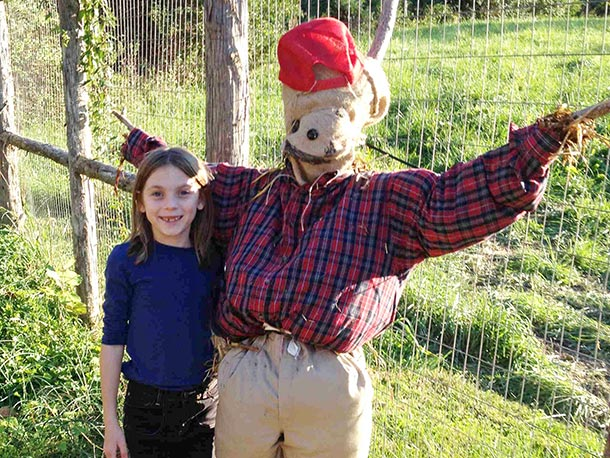 Scarecrow-and-friend.jpg